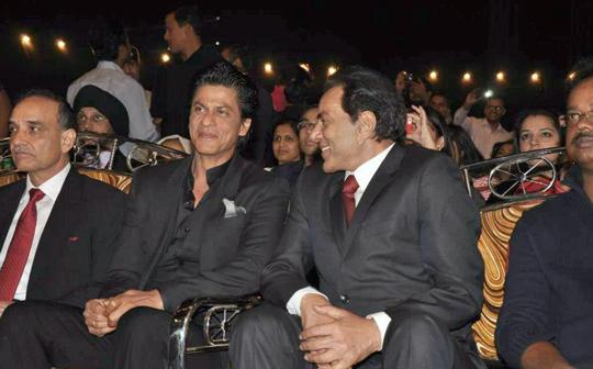SRK AND DHARMENDRA