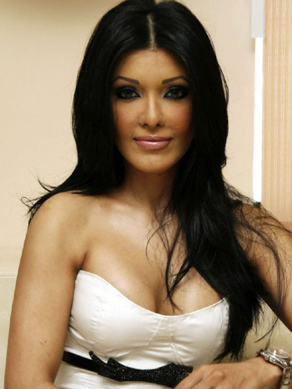 Koena Mitra: A little modesty would have been good here, Koena!