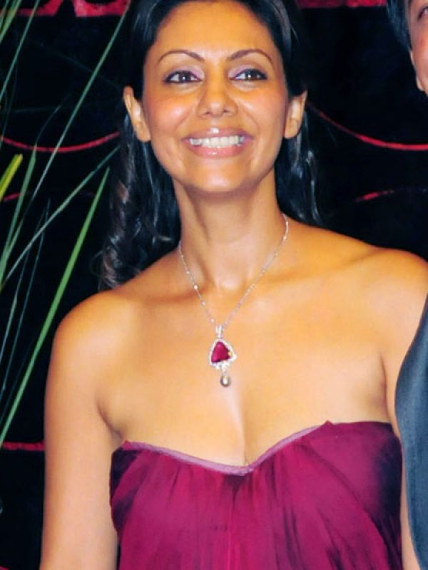 Gauri Khan: A low cut strapless gown can be flattering or not, depending on…well, how good your essentials are!