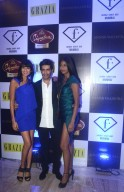 Manish Malhotra with Binal Trivedi, Carol Gracias