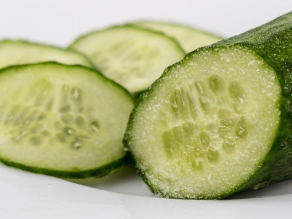 Dry Skin: 21 Herbs and Herbal Oils Good Dry Skin : Cucumber-