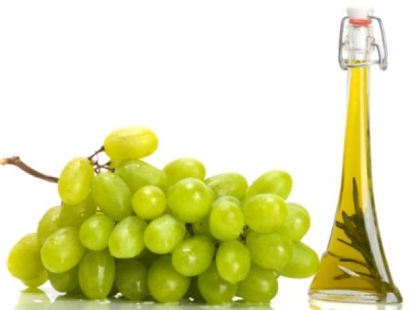 Dry Skin: 21 Herbs and Herbal Oils Good Dry Skin Grape seed oil