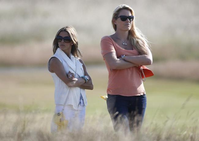 Nadine Moze and Lindsey Vonn