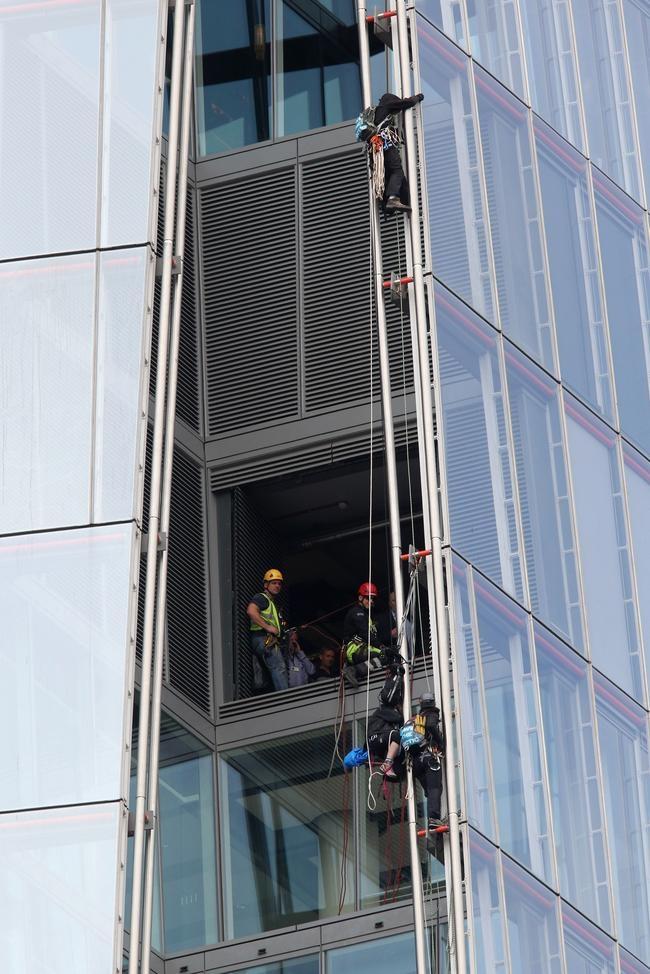 Greenpeace Protesters Climb Up The Shard