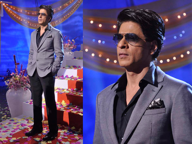 SRK on the sets of Taarak Mehta Ka Ooltah Chashmah to promote his film, Chennai Express.