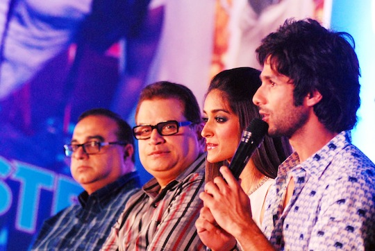 Rajkumar Santoshi, Ramesh Taurani, Ileana, Shahid Kapoor