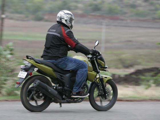 Honda CB Trigger: Road Test