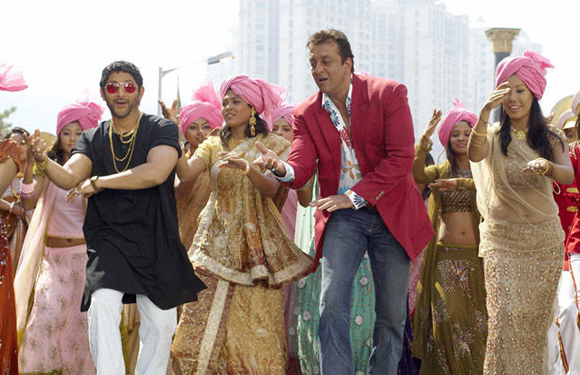 Sanjay Dutt - Sanjay Dutt has impressed us enough with his acting and depressed us with his criminal charges – but his dancing leaves us bemused. His otherwise tall frame and nonchalant body language make for a very awkward dancer – which, though we find funny and charming, has nothing to do with being a good dancer. Recall the 'M Bole To' number from 'Munna Bhai M.B.B.S' and cringe!