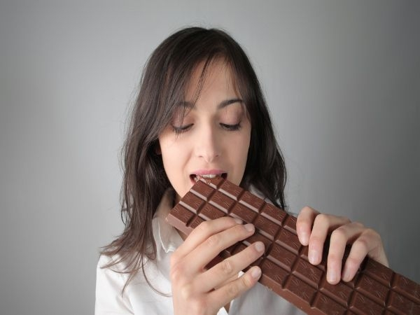 Healthy Food: Best Snack Under 100 Calories: Dark chocolate: