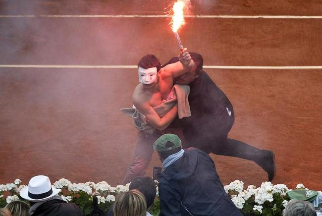 Protest at French Open Final