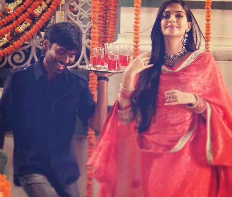 Dhanush, Sonam Kapoor  Courtesy: Raanjhanaa