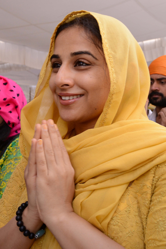 Vidya Balan visited Golden Temple in Amritsar before her film Ghanchakkar's release.