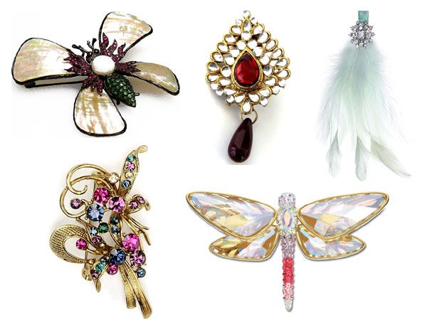 Brooches have gotten a bad name for being old-fashioned and granny accessories. But, it's time to change that view 'coz brooches are back in vogue. Brooches are versatile and can easily jazz up your outfit. You can pick a traditional one to wear on your sari or a vintage-looking one for an elegant look. There are a variety of brooches available in different shapes and designs, one for every mood and personality. Here are our favourite picks.