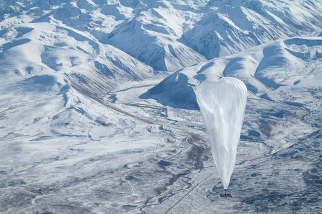 Google Project Loon Balloon flies high over mountains and provides internet across the globe.