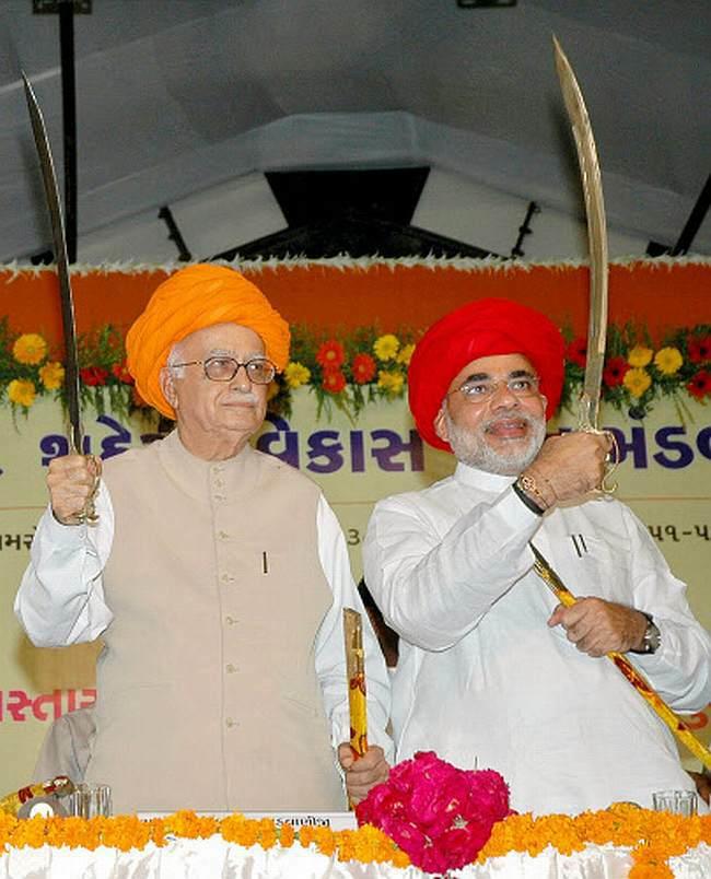 L K Advani and Narendra Modi