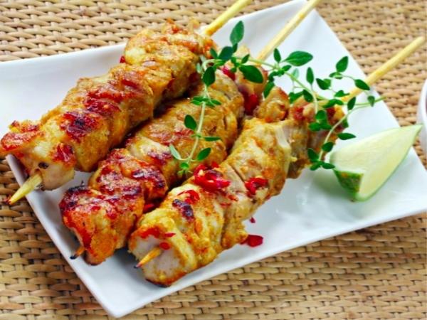 Healthy Fast Foods # 8: Pizza hut's Chicken Skewers
