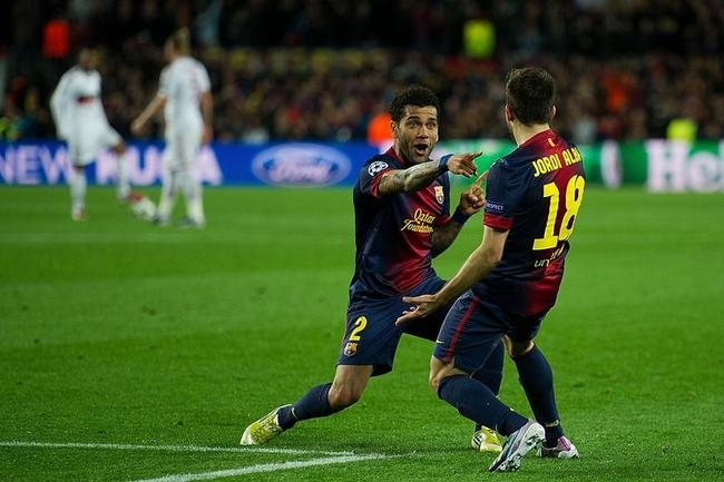 Barcelona Crush AC Milan, Enter CL Quarters