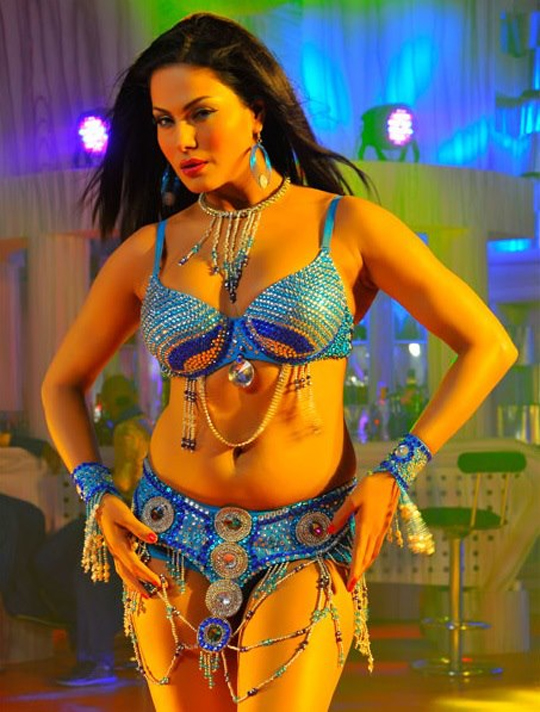 Veena Malik  Images Courtesy: Veena Malik's Facebook Page