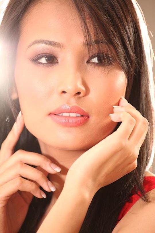 Pond's Femina Miss Glowing Skin - Sagrikka Chhetri