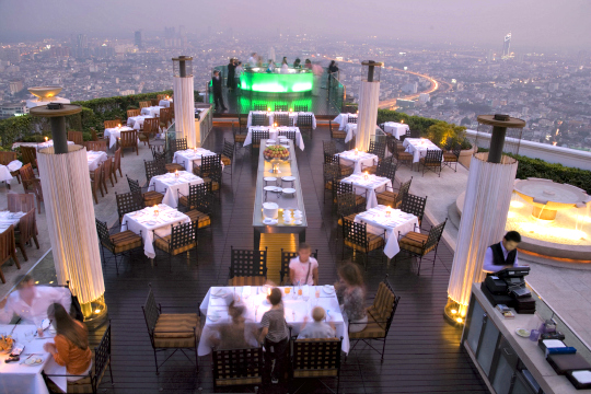 Bangkok - Bangkok has some of the most romantic locations for guests having destination weddings, on their honeymoon, celebrating their anniversary,