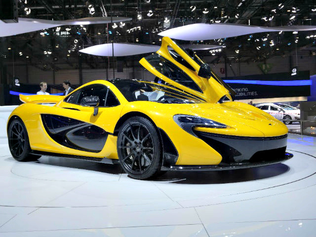 Here are the highlights of the 83rd Geneva Motor show. The McLaren P1, Ferrari LaFerrari, the Lamborghini Veneno and the Pagani Huayra are some of the crowd-pullers of the show.