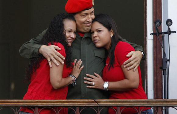 Hugo Chavez with daughters Rosa and Maria