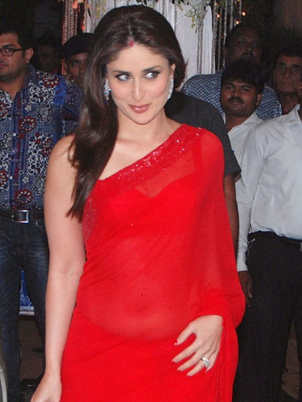 Kareena Kapoor: Bebo is too good at this! We mean her expression says it all. Don't you think?