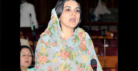 Kashmala Tariq - A member of the National Assembly of Pakistan, Kashmala Tariq is famous for her dressing style and never pays heed to any criticism whatsoever. She is going strong in Pakistan politics.