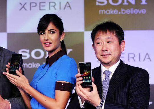 Sony Xperia Z (Katrina's hand) and Sony Xperia ZL.