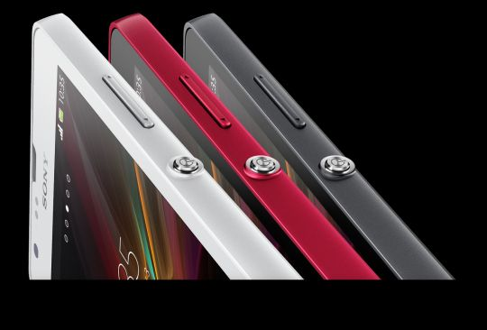Sony Xperia SP comes with the standard Sony power button and an all new, sleek, aluminium design.