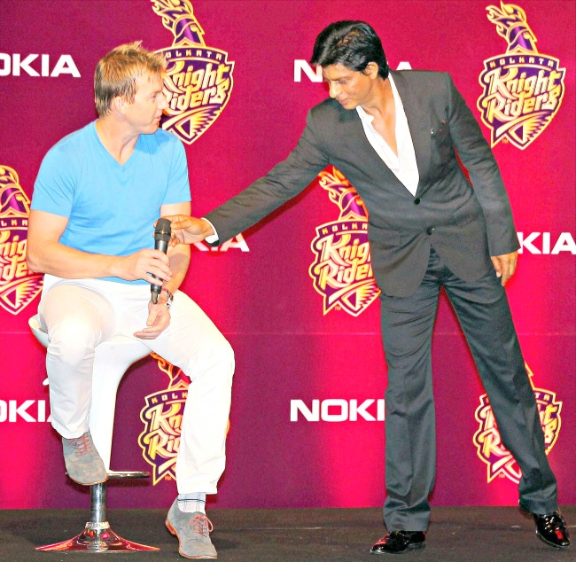 Kolkata Knight Riders' owner Shah Rukh Khan with pacer Brett Lee during the party in Kolkata. (Photo: PTI)