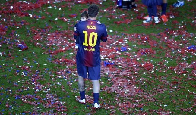 Lionel Messi, Thiago