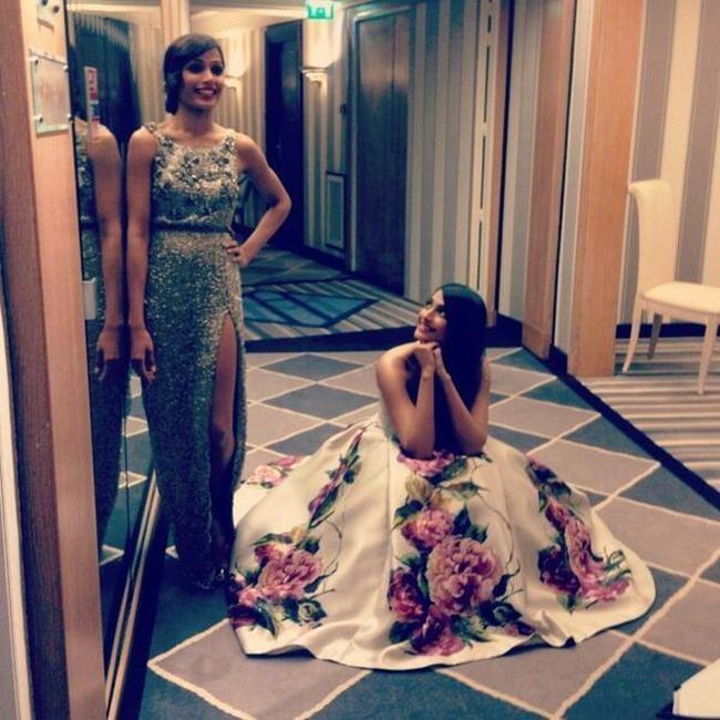 Sonam Kapoor and Freida Pinto