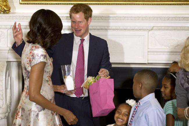 Prince Harry Charms USA: PICS