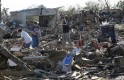 Oklahoma Tornado's Disastrous Aftermath: PICS