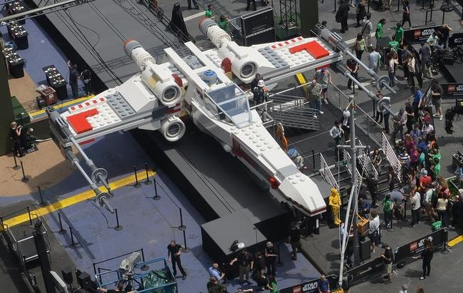 World's Largest Lego Model
