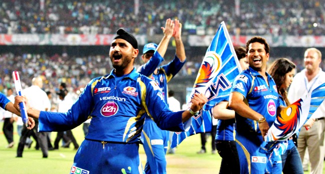 3-mumbai_indians_celebrate_ipl_win-pti_1