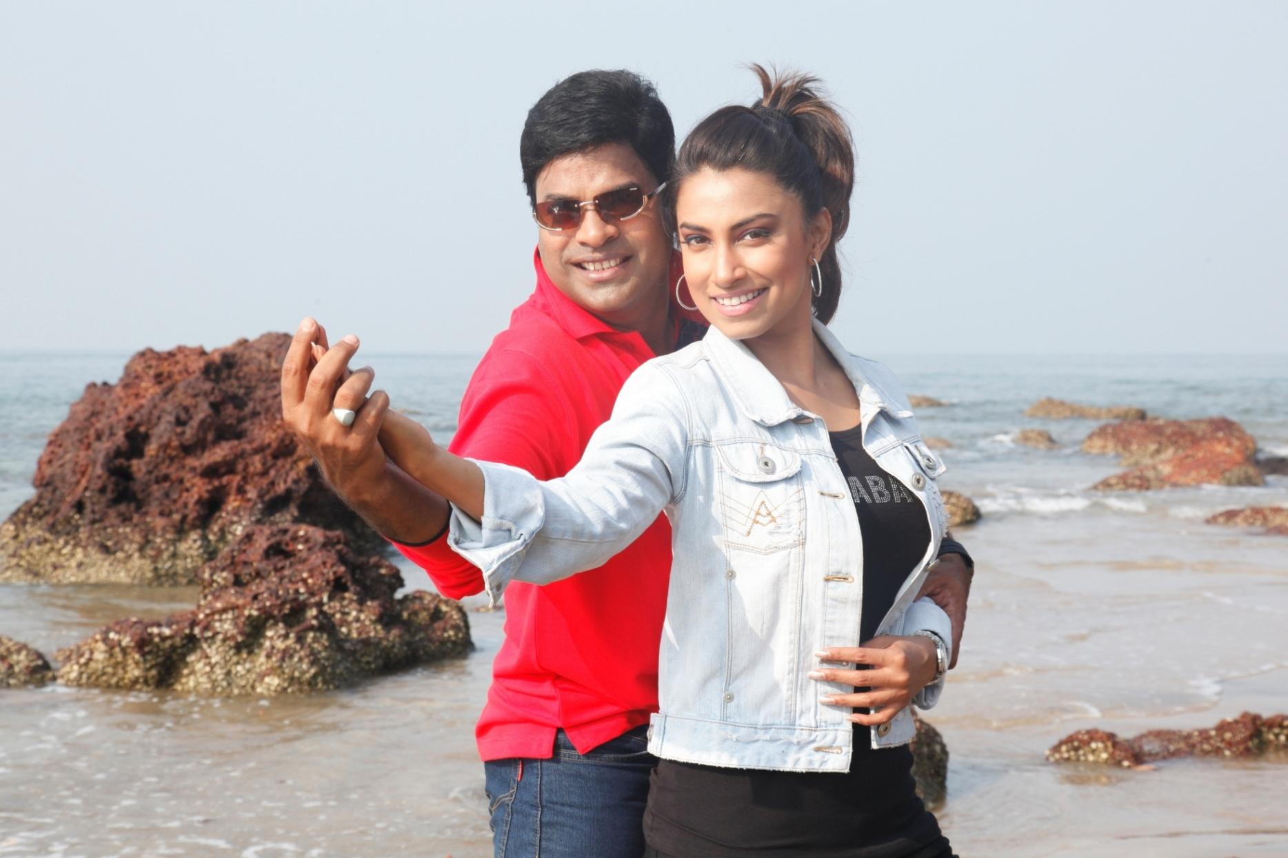 Marathi actress Kranti Redkar will soon be seen in a new rom com called Kuni Ghar Deta Ka Ghar