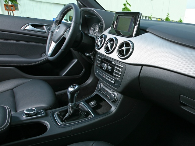 Well built interiors of the B-Class make it a nice place to be in