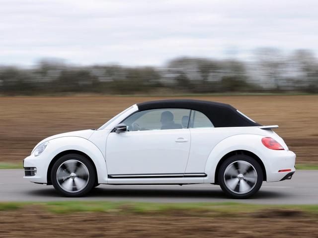 Retro Volkswagen Beetle Cabriolets