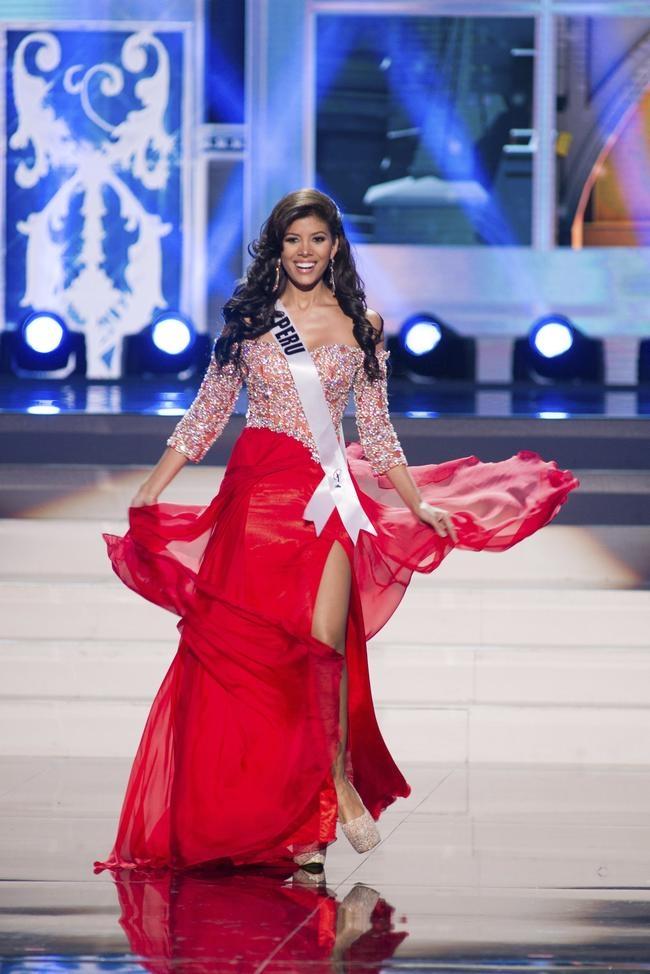 Miss Universe 2013: Evening Gown Round