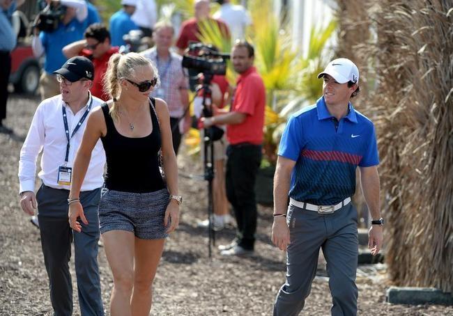 Caroline Wozniacki Enjoys Golf in Dubai