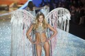 Sizzling Victoria's Secret Angels at Victoria's Secret Fashion Show