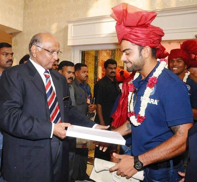 Sharad Pawar with Virat Kohli