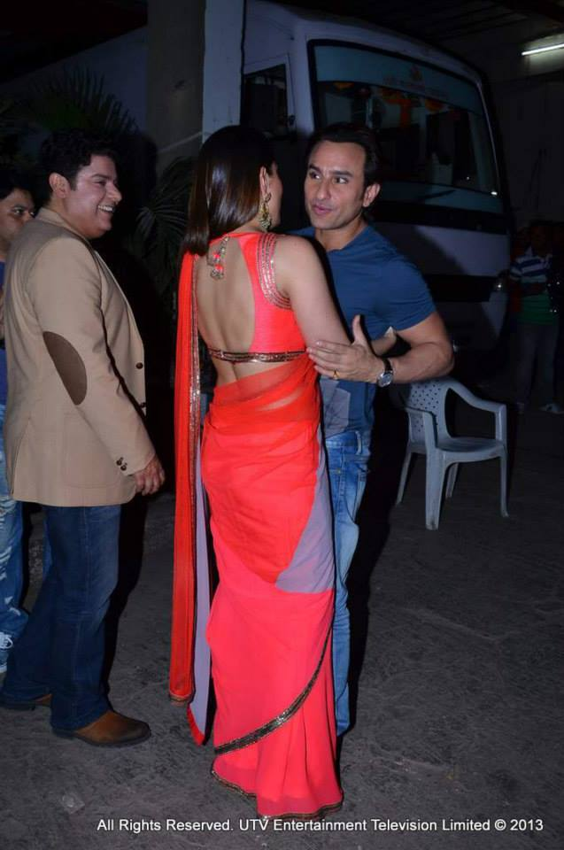 They may be busy promoting their respective films, but Kareena Kapoor and Saif Ali Khan found time to sneak in a hug between committments. All we can do is go awwww! Image courtesy UTV Stars Facebook Page