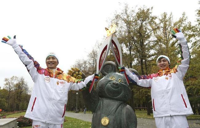 Anatoly Chentuloev and Yeon Kyu-sun