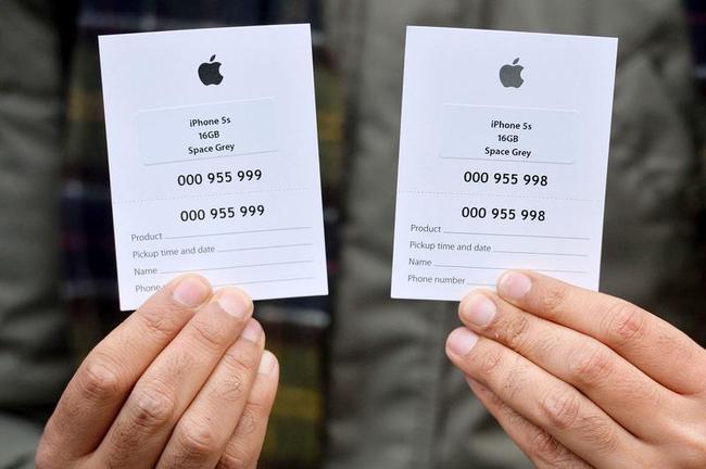 iPhone 5S Insane Queues