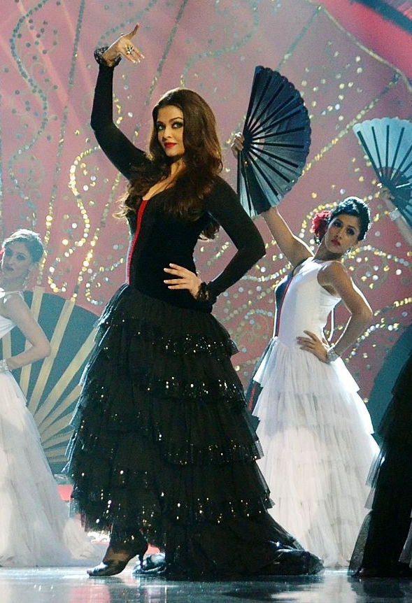 Recent Pictures That Reaffirm Our Belief That Aishwarya Rai Bachchan
