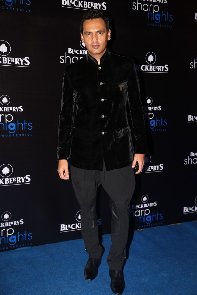 Marc Robinson too, attended the Blackberrys Sharp Nights Progressive event.