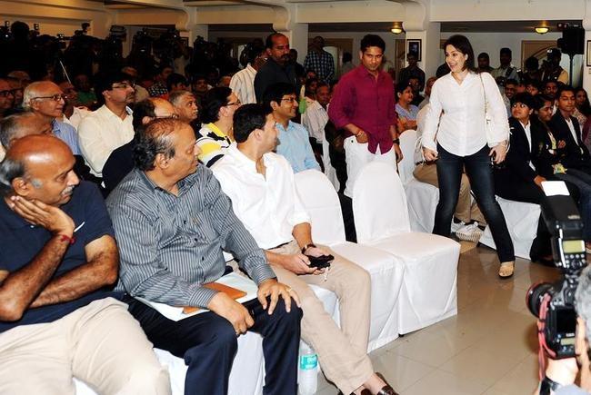 Sachin, Anjali and Agarkar at Awards Function